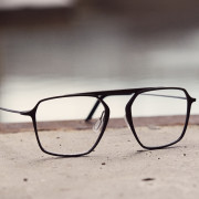 Ultra thin glasses